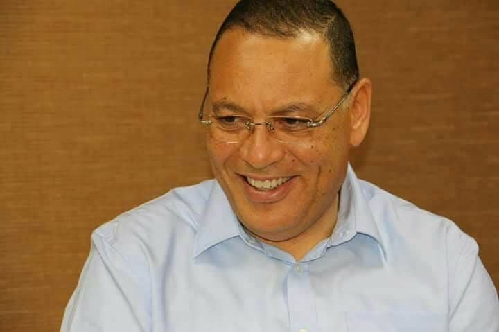 رئيس جامعة قناة السويس بجولة تفقدية بالمستشفى الجامعى