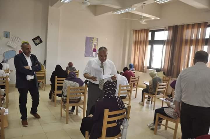 القدره على التحليل والاستنتاج سمة إمتحانات كلية الألسن جامعة قناة السويس .