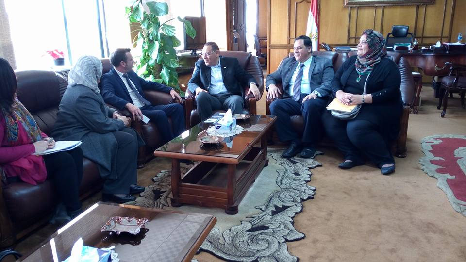 Suez Canal University president welcomes a delegation of the French Institute of French Embassy in Cairo