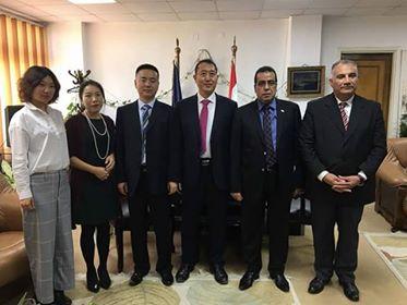 Chinese delegation visits Suez Canal University